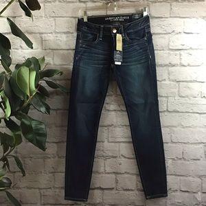 🆕 American Eagle dark short sz 2 jegging jeans